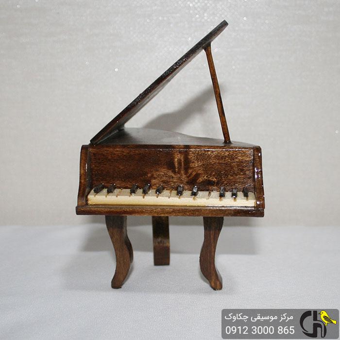 پیانو دکوری چوبی