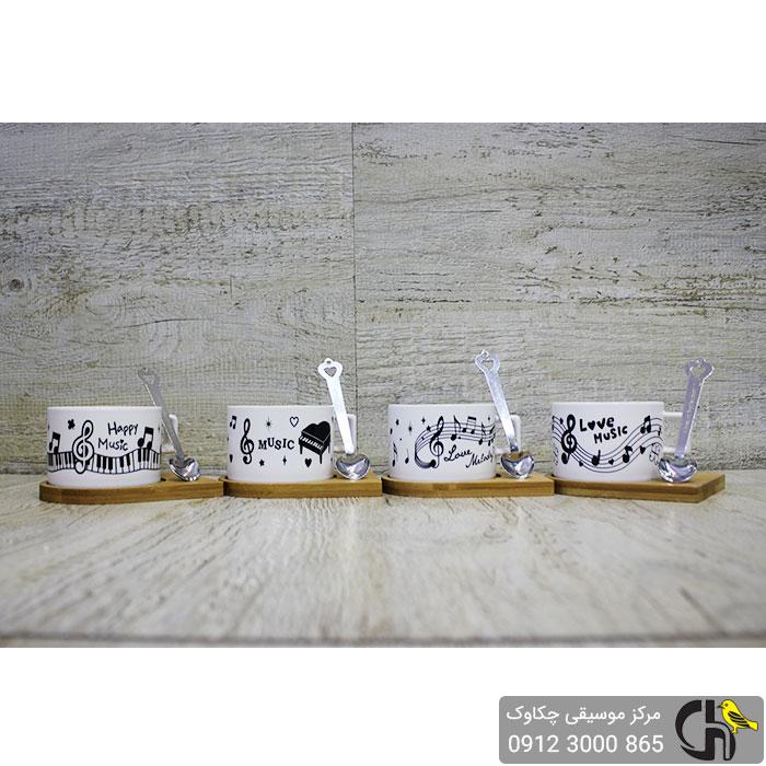 4 عدد فنجان طرح موسیقی به همراه زیره چوبی و قاشق مغناطیسی